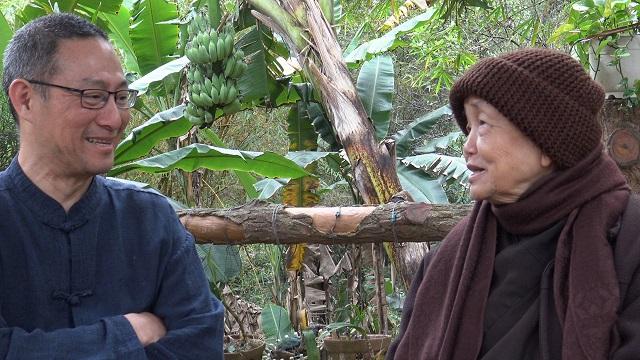 Hung_en_Zuster_Chan_Khong_in_Hue Nieuwsbrieven van Leven in Aandacht