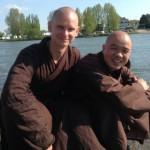 Opnieuw beginnen: interview met broeder Pham Hanh in dagblad Trouw