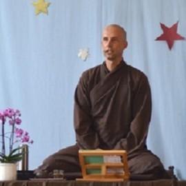 Geluk als gewoonte, dharmalezing br. Phap Xa op video